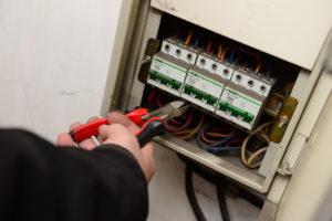 Стоимость подключения электричества после отключения за неуплату