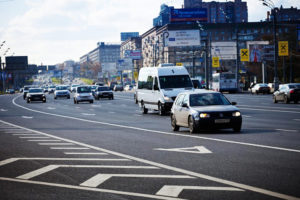 Какие машины могут ездить по выделенной полосе