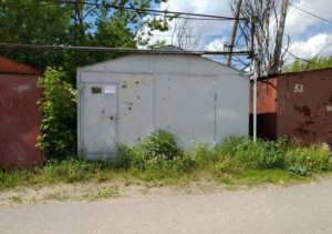 Как оформить в собственность металлический гараж